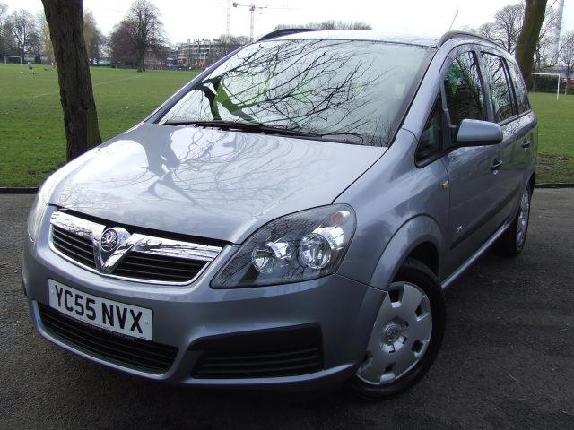 Vauxhall zafira photo - 3
