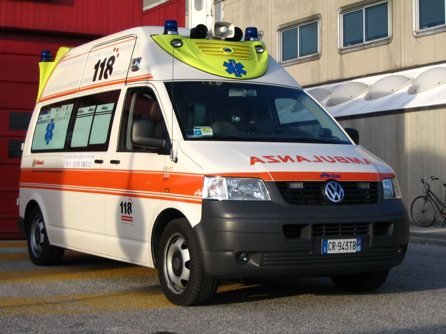 Volkswagen ambulanza photo - 3