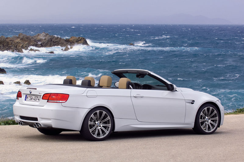 Volkswagen cabrio photo - 1