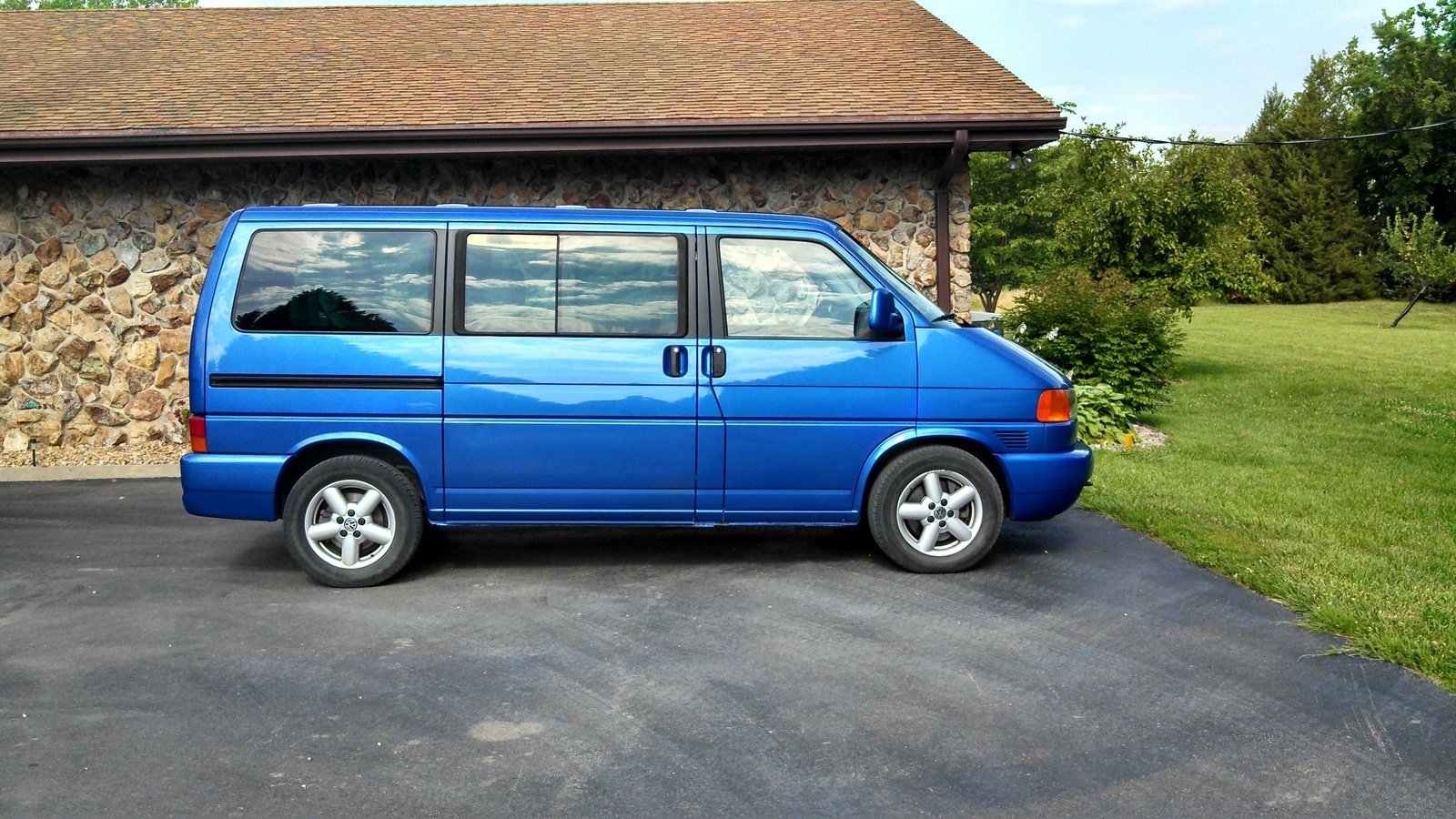 Volkswagen eurovan photo - 4
