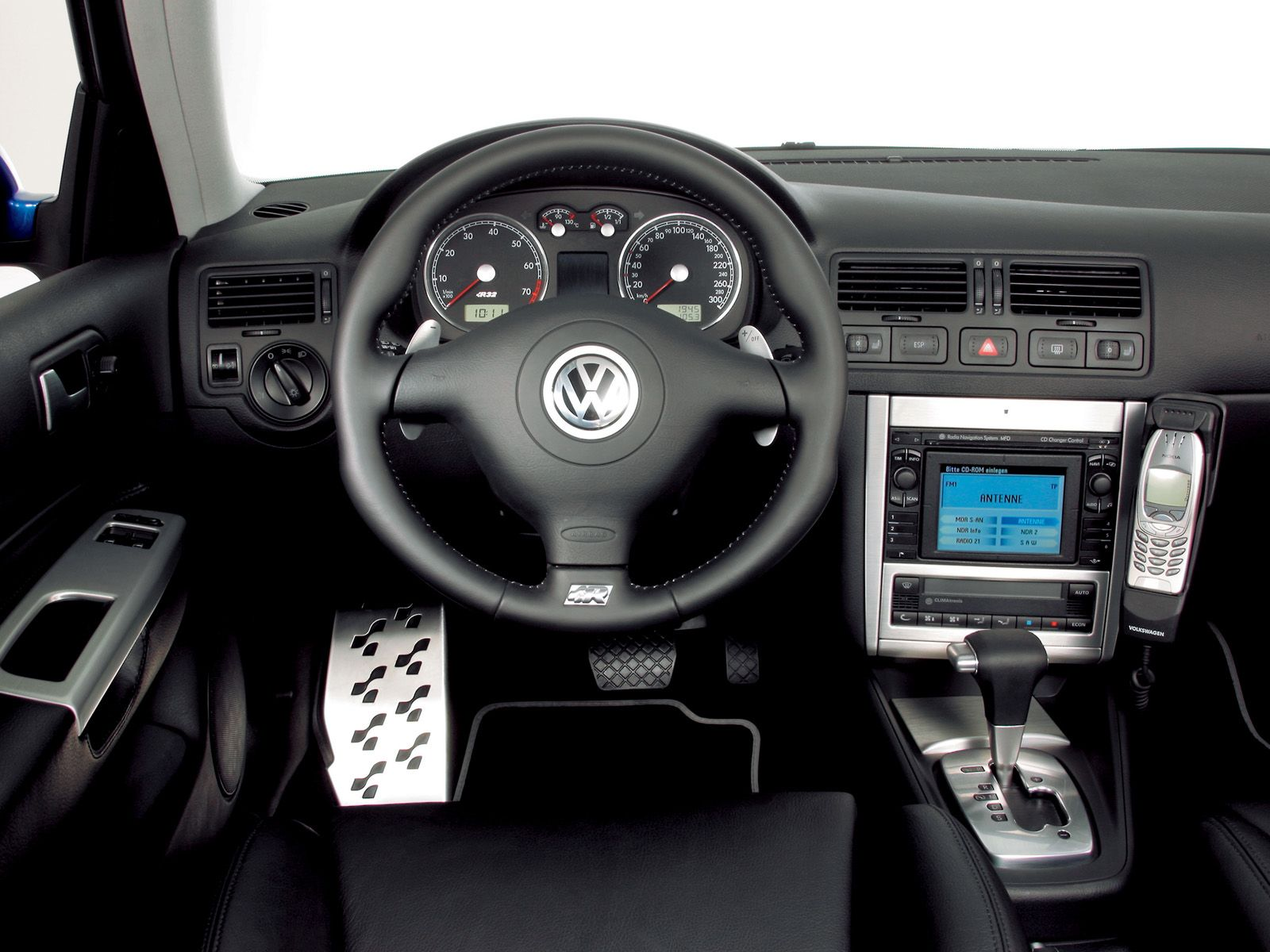 Volkswagen golf photo - 1