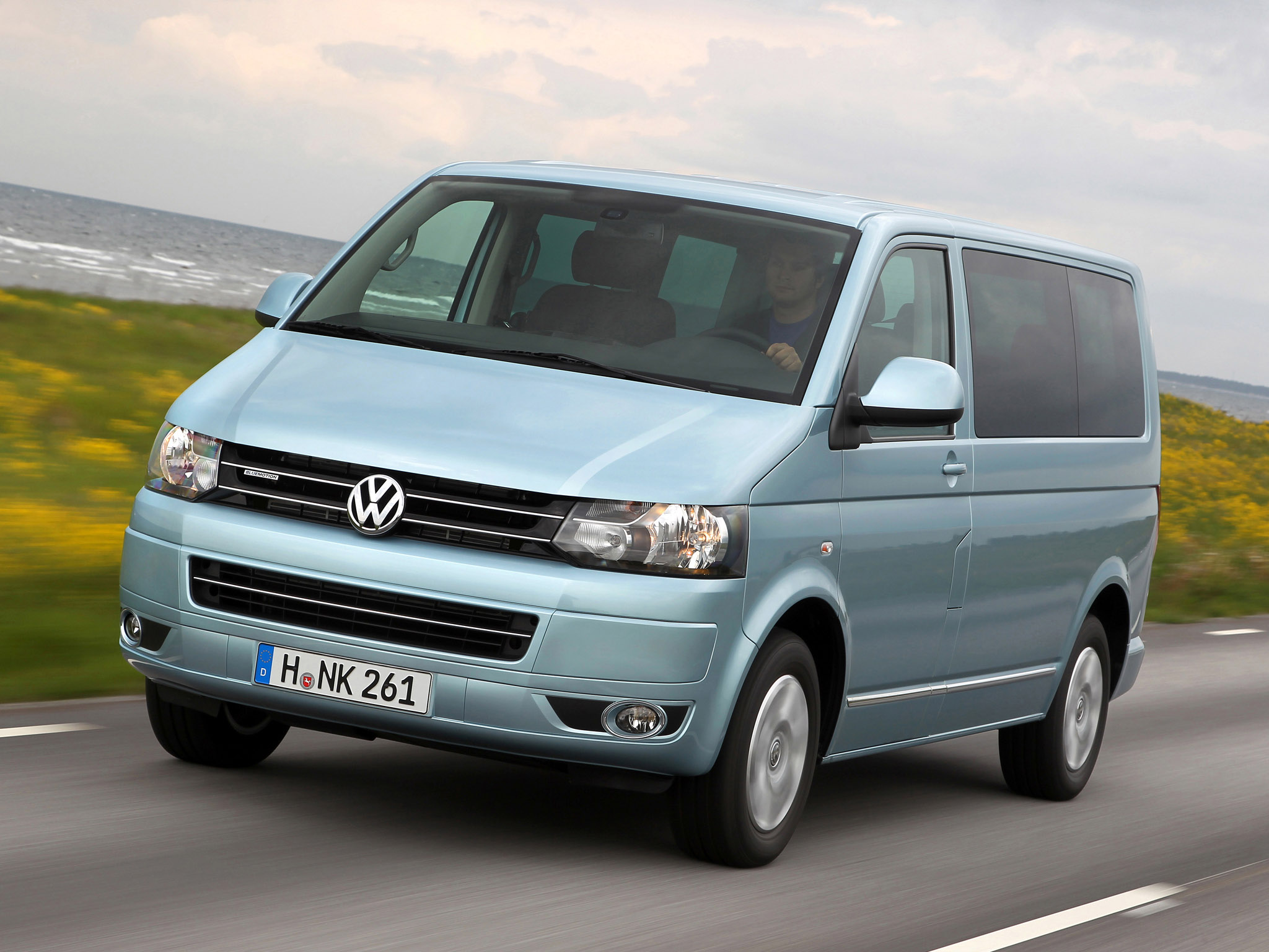 Volkswagen t5 photo - 2