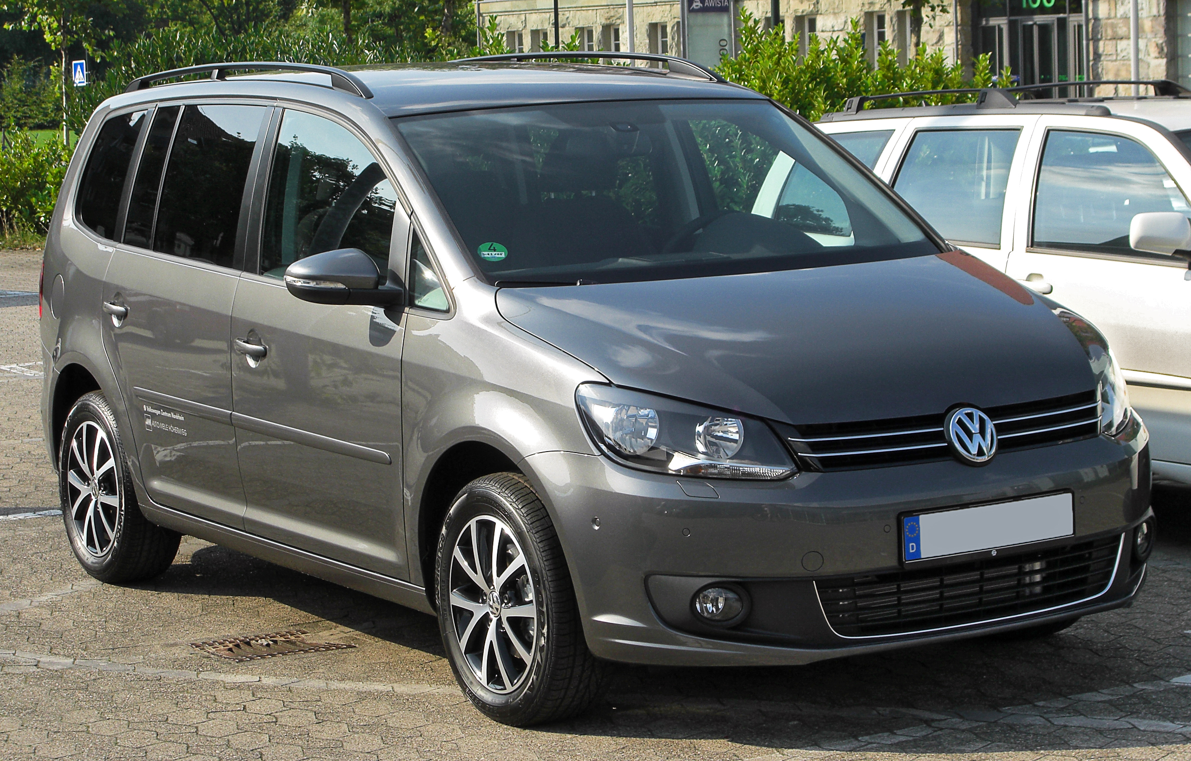 Volkswagen touran photo - 1