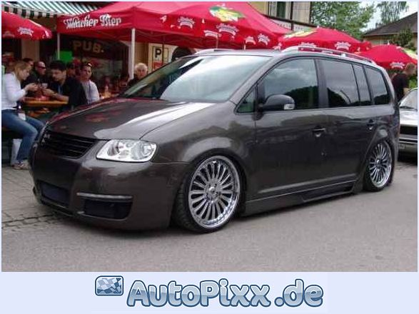 Volkswagen touran photo - 4