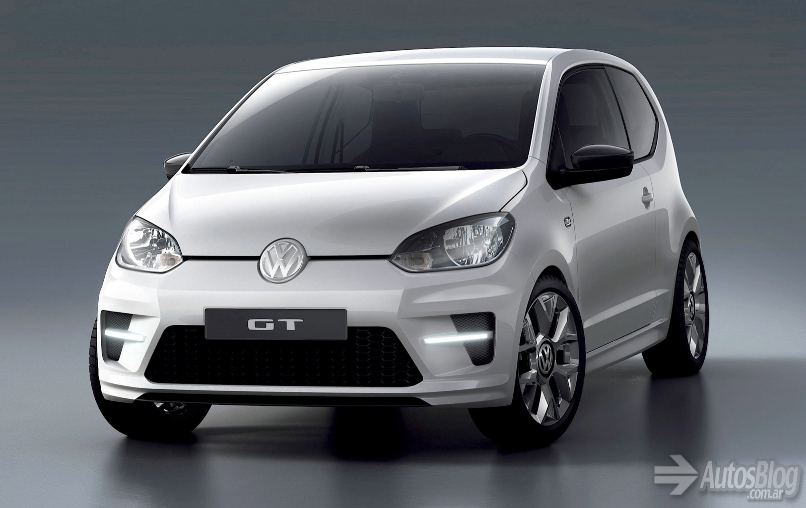 Volkswagen up! photo - 3