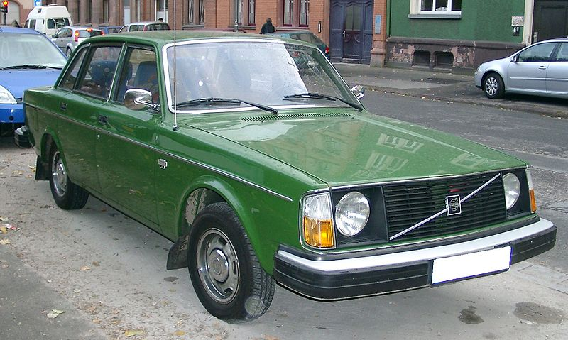 Volvo 244dl photo - 4