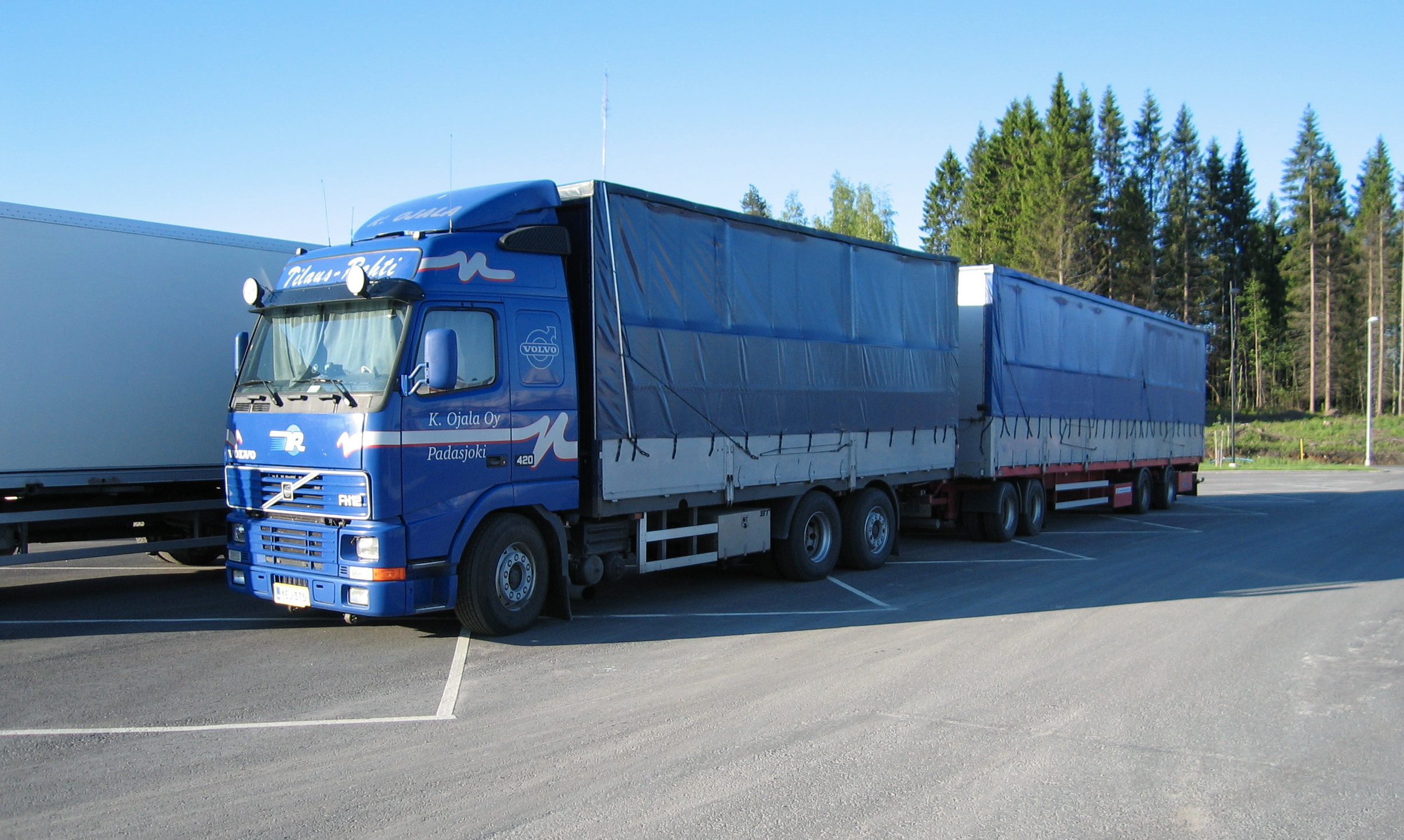 Volvo fh12 photo - 3