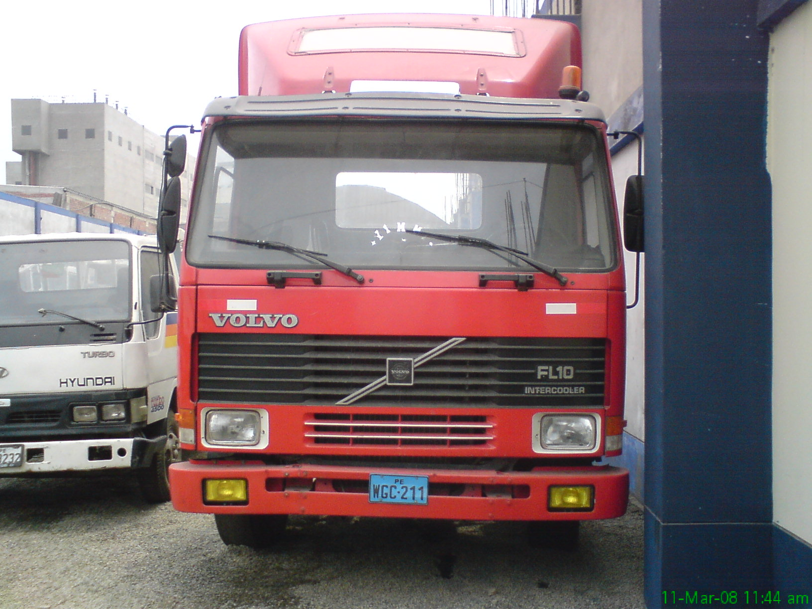 Volvo fl10 photo - 1