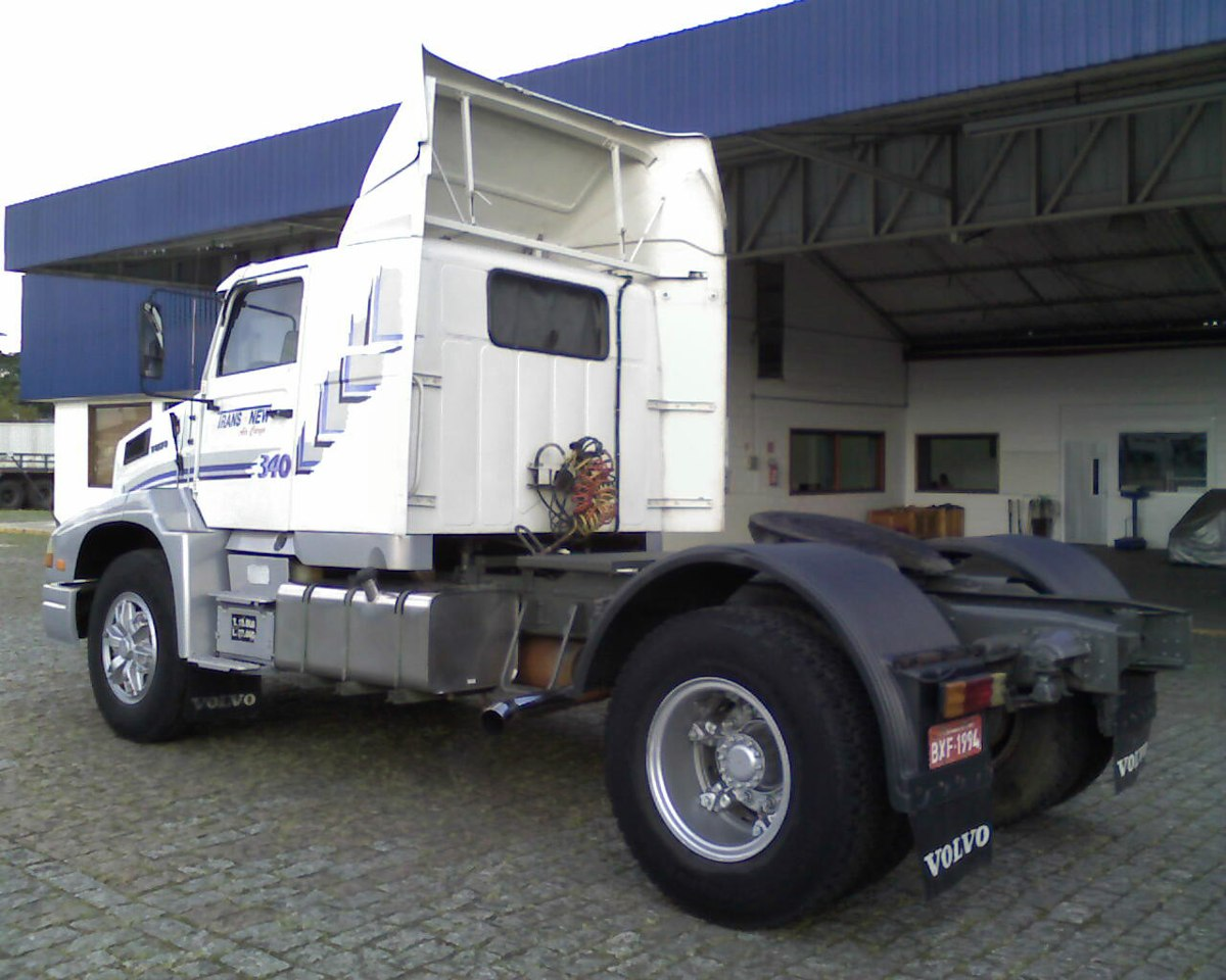 Volvo nl10 photo - 3