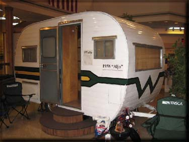 Winnebago suncruiser photo - 3