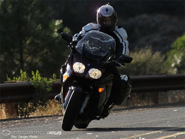Yamaha fjr1300a photo - 4