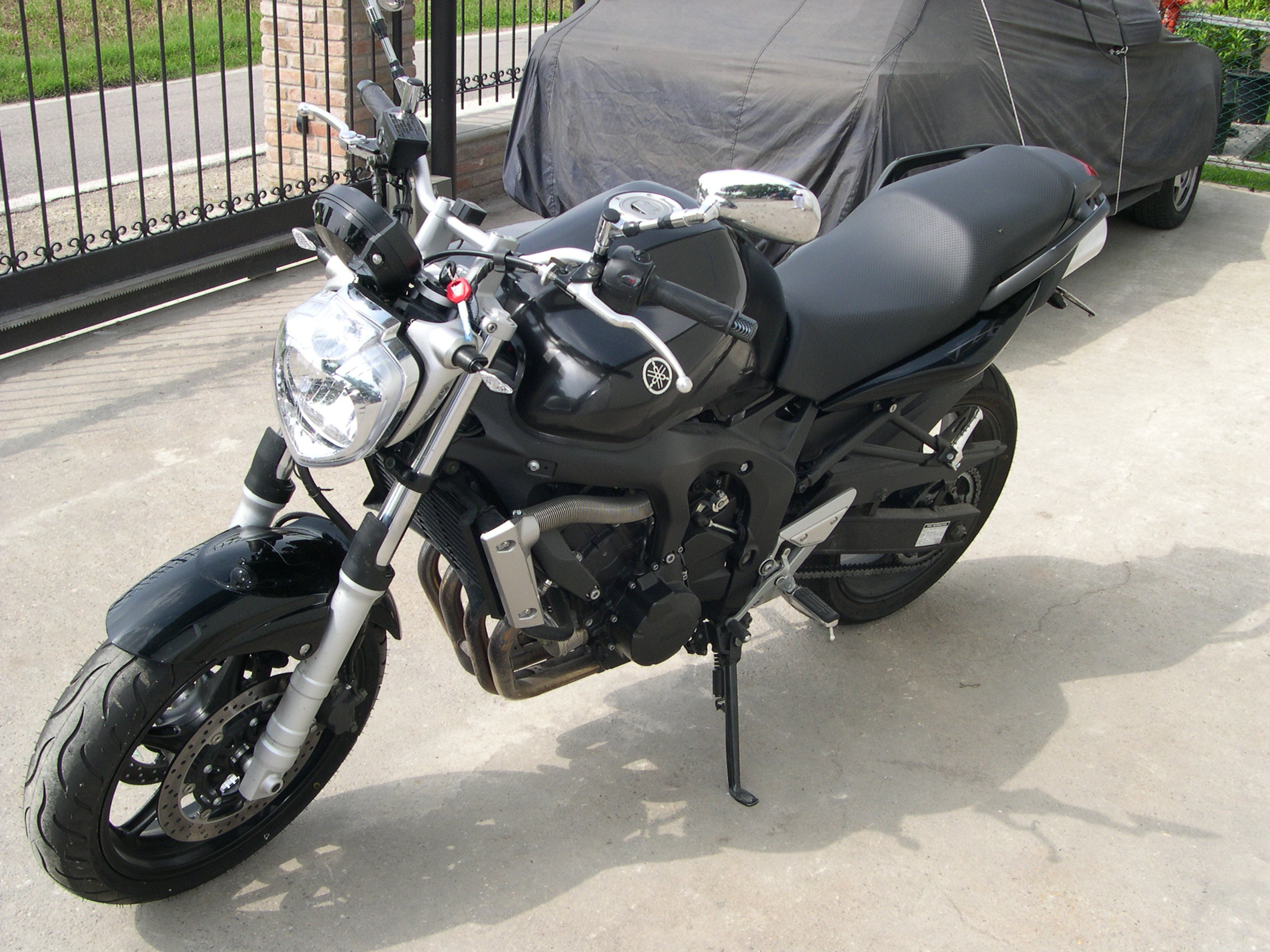 Yamaha fz6 photo - 2