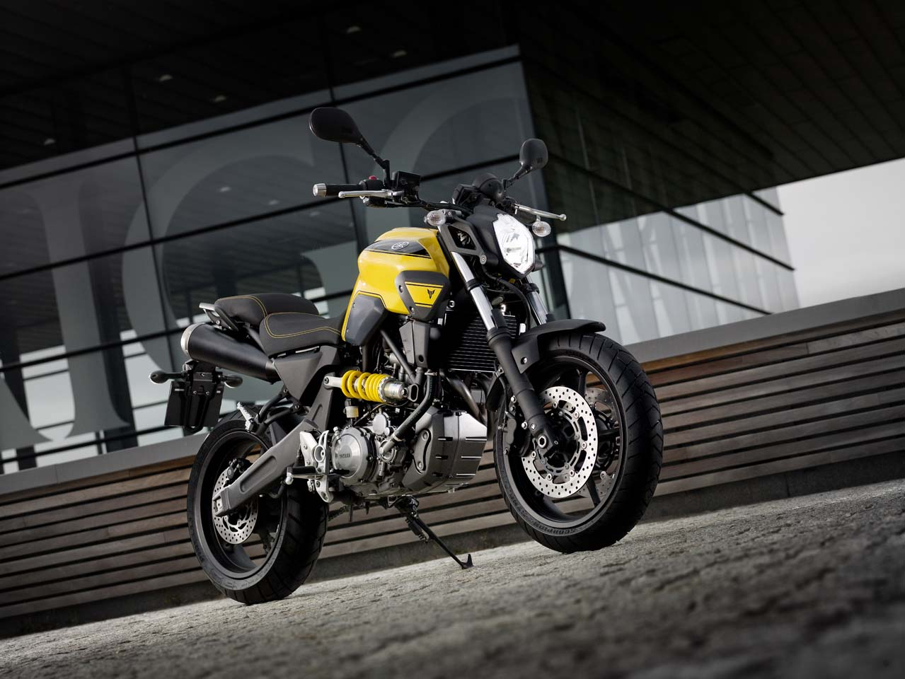 Yamaha mt-03 photo - 4