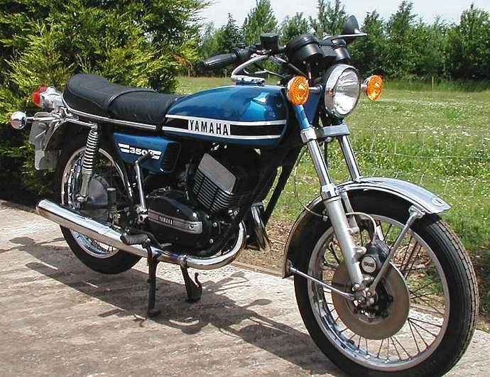 Yamaha rd350 photo - 3