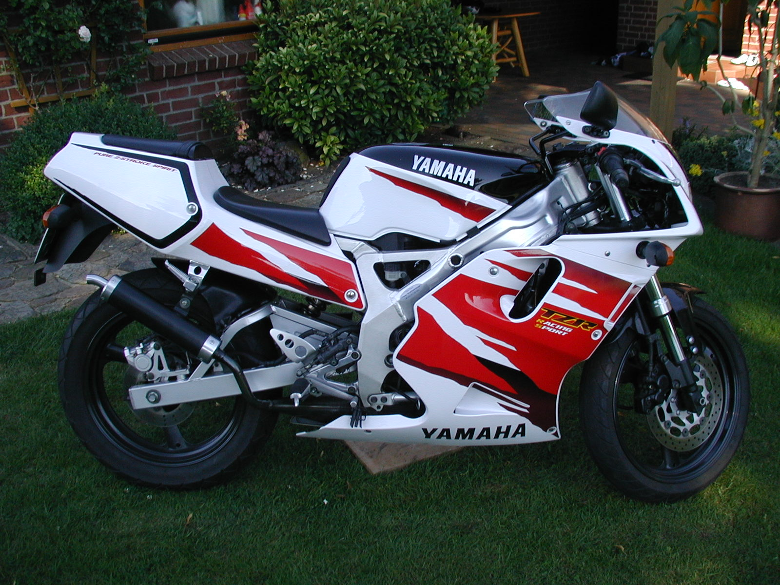 Yamaha tzr photo - 1