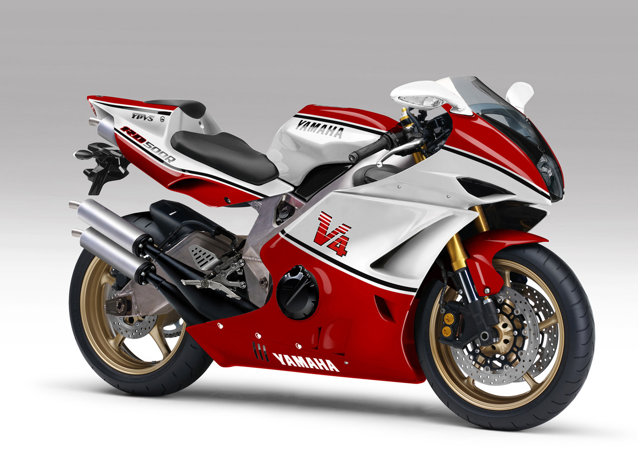 Yamaha v photo - 3