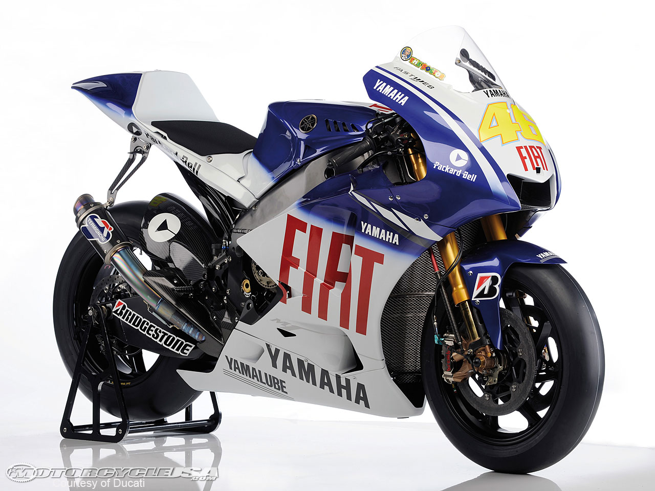 Yamaha yzf-r125 photo - 2