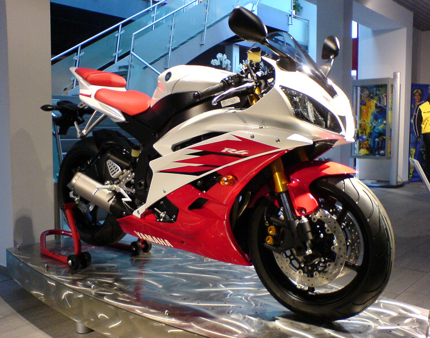 Yamaha yzf-r6 photo - 1